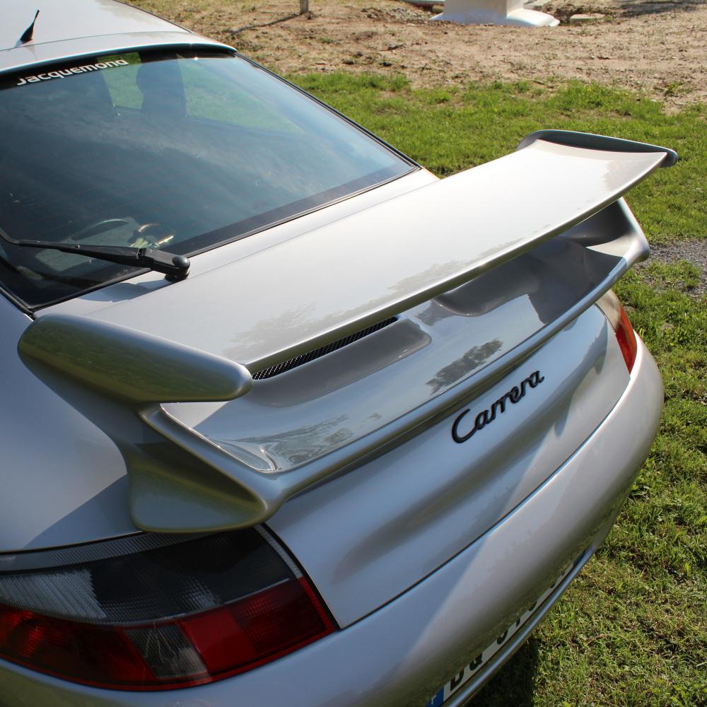 Jacquemond : aileron arrière 997GT3 évocation pour Porsche 996