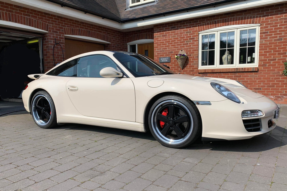 Darus rear wing spoiler for Porsche 997 by Jacquemond