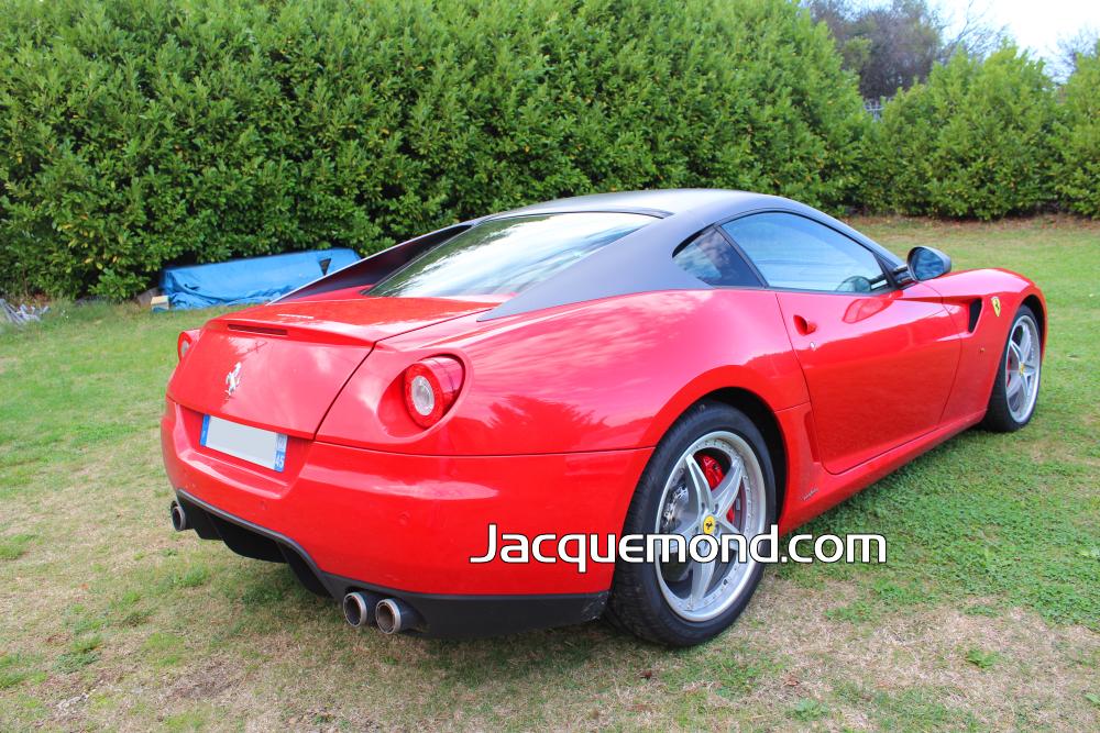 Bouclier arrière Ferrari 599 par Jacquemond.